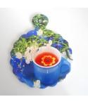 niebiesko-fioletowa deska do krojenia, dekor, podstawka pod garnek