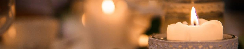 świeczki, świeczniki i lampiony